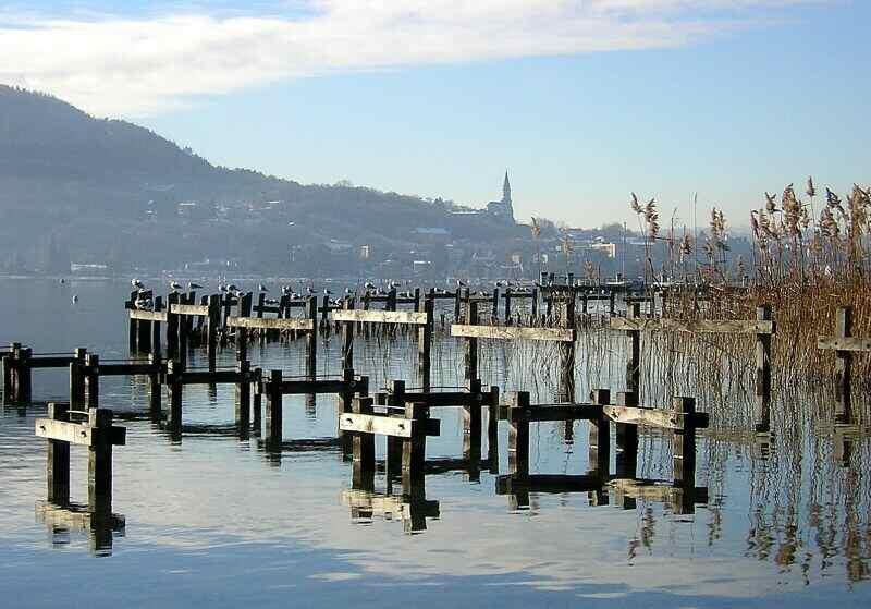 le lac d'Annecy en hiver janvier 2005